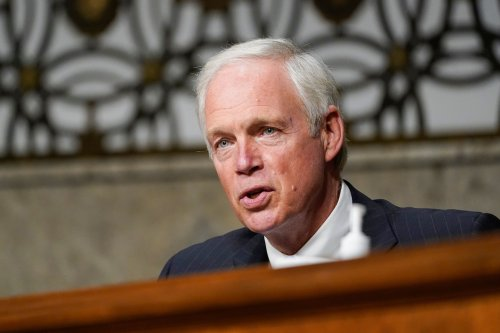 Ron Johnson's unscientific use of vaccine and death data