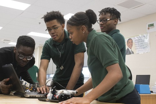 Report finds new AP computer science course is diversifying the field