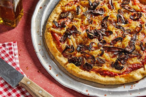 Miso-caramelized onions, shiitake bacon and sun-dried tomatoes make a crowd-pleasing vegan pizza