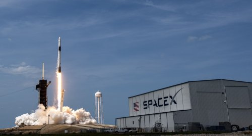 Rocket problem prompts NASA and SpaceX to delay next launch of astronauts