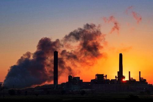 Federal circuit court scraps Trump administration's power plant rule