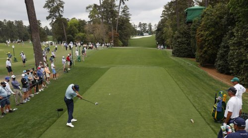 Justin Rose maintains lead, but a marvelous mob of challengers is bearing down at the Masters