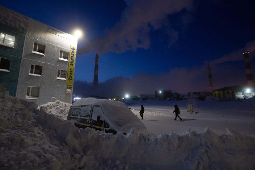 What a 'wrecked' polar vortex means for winter-starved Americans