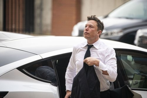 Elon Musk says Tesla drivers can now subscribe to 'Full Self-Driving.' But he isn't sure they should.