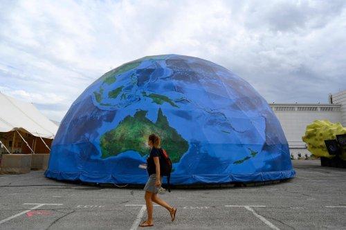 Philanthropists pledge $5 billion to save threatened species