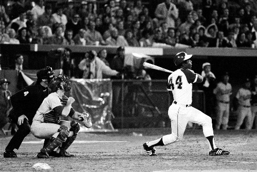 Hank Aaron, baseball great who became force for civil rights, dies at 86