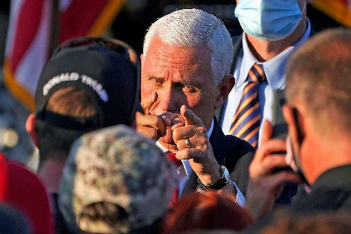 White House signals defeat in pandemic as coronavirus outbreak roils Pence's office