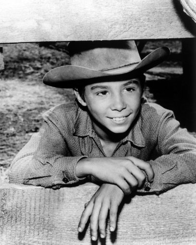 Johnny Crawford, who became a child star as the son of 'The Rifleman,' dies at 75