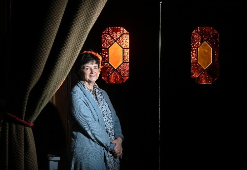 Folger Theatre's Janet Griffin announces her retirement after decades of devotion to Shakespeare
