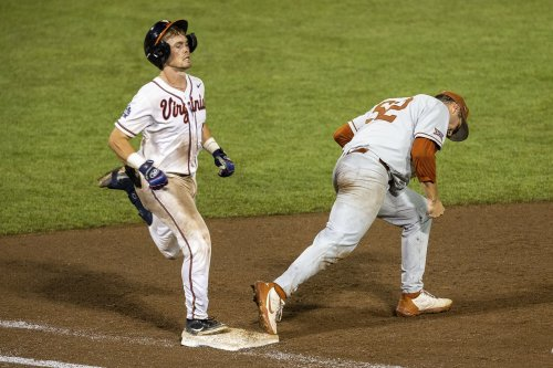Virginia baseball season ends with loss to Texas in College World Series