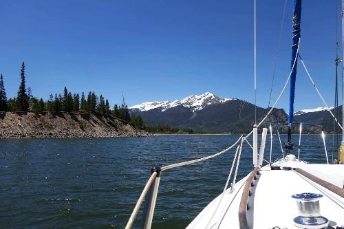Savoring the Colorado Rockies — by sailboat