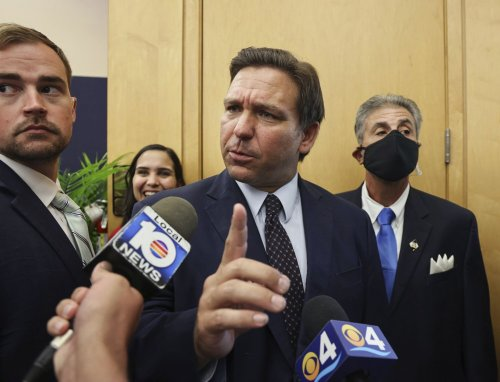 Florida governor signs bill barring social media companies from blocking political candidates