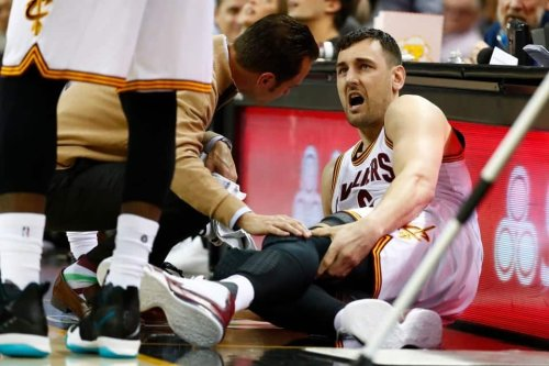 Andrew Bogut breaks his leg less than a minute into debut with Cavaliers