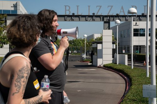 Blizzard employees walk out over company's handling of discrimination, sexual harassment suit