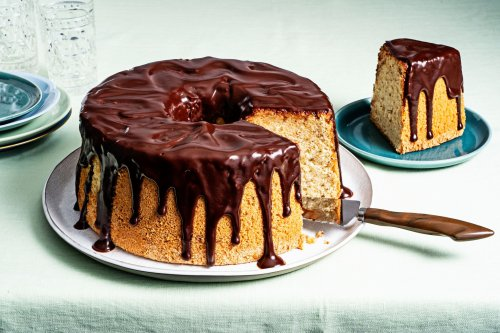This hazelnut chiffon cake with chocolate glaze stands tall among the best butter-free baking options