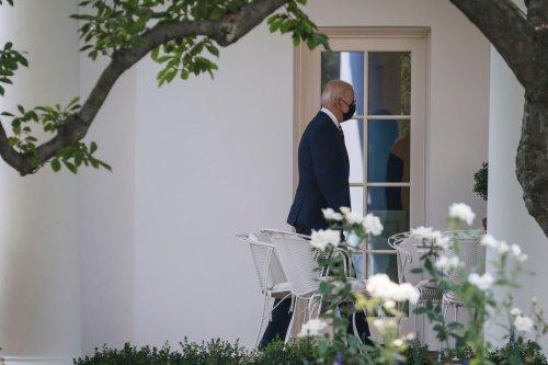 Biden, Democrats mount last-minute effort to extend eviction moratorium