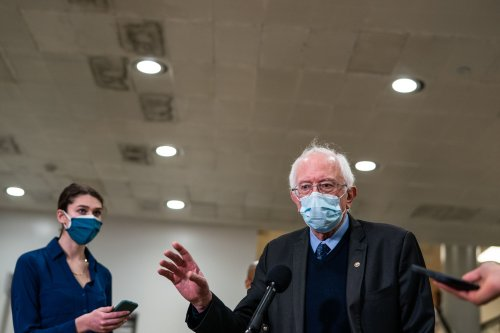 Sanders brings Amazon union battle to D.C., calling warehouse worker to testify at income inequality hearing