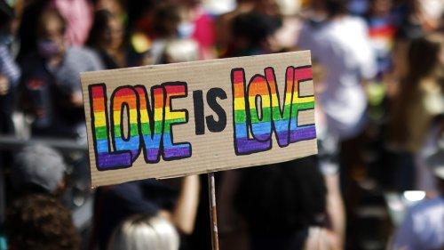 «Ehe für alle» und 99-Prozent-Initiative: Die Schweiz stimmt ab