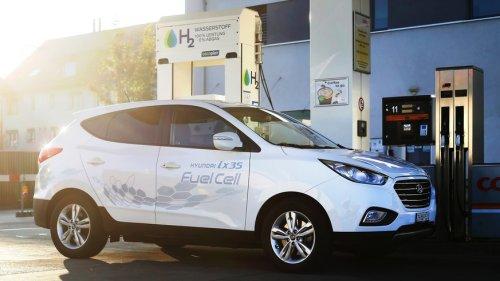 E-Fuels? Brennstoffzelle? Warum uns der gehypte Wasserstoff-Kraftstoff nicht retten wird