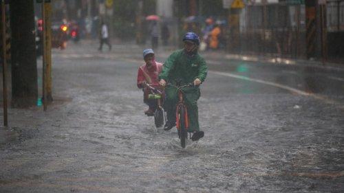 Starkes Erdbeben erschüttert Manila
