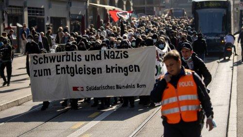 Erstmals grössere Demo in Bern gegen (noch grössere) Covid-Leugner-Proteste