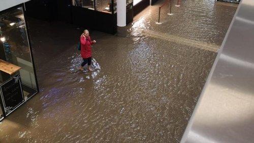 Bahnhof Aarau steht unter Wasser +++ Bahnverkehr im Berner Oberland unterbrochenen