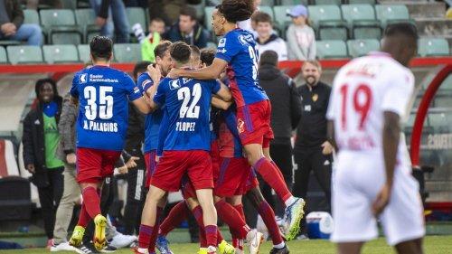 Zhegrova schiesst den FCB per Traumtor an die Spitze – St.Gallen im späten VAR-Glück