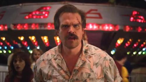 """""""Stranger Things"""" – skurriles Video vom Set: Star riskiert Ärger mit Netflix"""