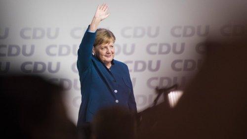 Tschüss, Frau Bundeskanzlerin – über 100 Abgeordnete des Bundestags verabschieden sich von Angela Merkel
