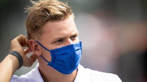 """Formel 1: Team-Boss kritisiert Mick Schumacher scharf – """"kosten eine Menge Geld"""""""