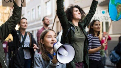 Generation Unsichtbar? Warum Demokratie eine gesellschaftliche Aufgabe ist