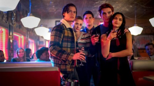 """Zeitsprung in """"Riverdale"""": Netflix-Fans entdecken immer mehr Fehler"""