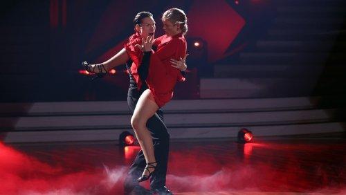 "Ex-""Let's Dance""-Kandidatin äußert sich zu üblem Fan-Verdacht"