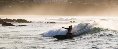 How (Not) To Surf Your Mid-Length - Wavelength Surf Magazine - since 1981