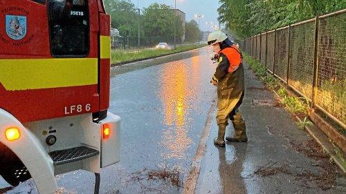Starkregen sorgt für Überschwemmungen in Hattingen