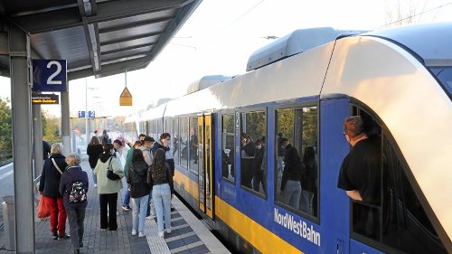 Anfang Mai: Busse statt Züge zwischen Moers und Duisburg