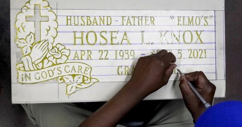 Chicago Tombstone Maker Hosea Knox Dies At 82