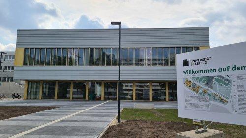 Bielefeld: Medizin-Studiengang gegen Hausärzte-Mangel eröffnet