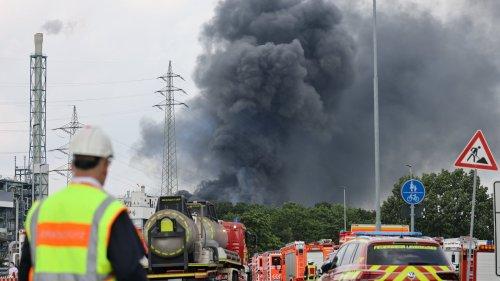 Live-Ticker: Ein Toter, 31 Verletzte und ein Vermisster nach der Explosion in Leverkusen