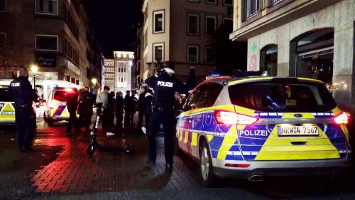 Nach tödlichem Angriff in Düsseldorfer Altstadt: Tatverdächtiger stellt sich
