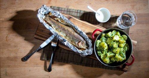 So wird Forelle im Ofen besonders zart