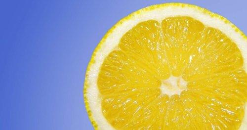 Zitronenschalen essen macht glücklich – laut TikTok