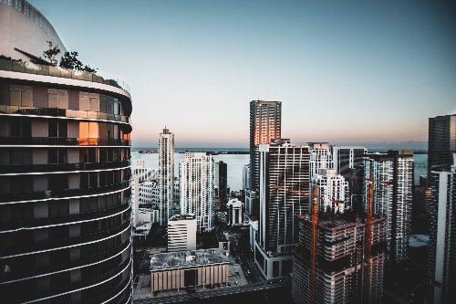 4 Best Places To Invest In Commercial Real Estate In 2021