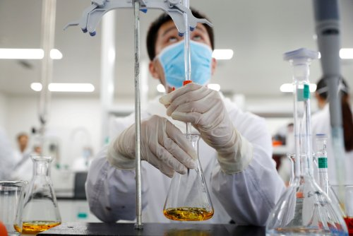 Technologies numériques et déploiement des vaccins anti-COVID : défis et opportunités