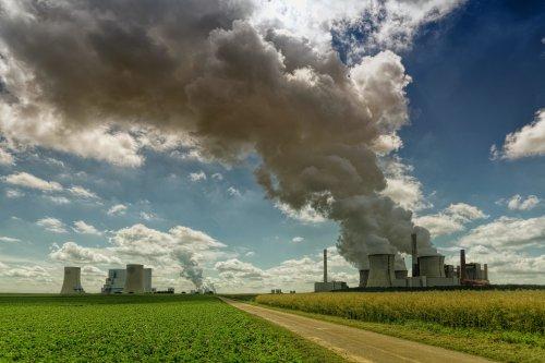 UN warns world 'way off track' on pledges to cut emissions