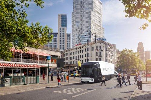 Meet the world's first 16 tonne electric truck