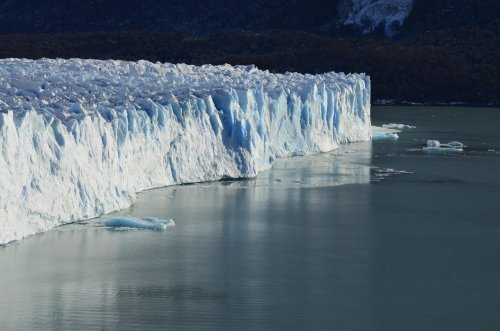 Glaciers, sea levels and climate change: What mass-melting means