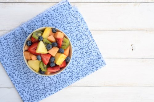 The Surprising Fruit Salad Ingredient That'll Keep Your Colorful Bowl From Going Brown