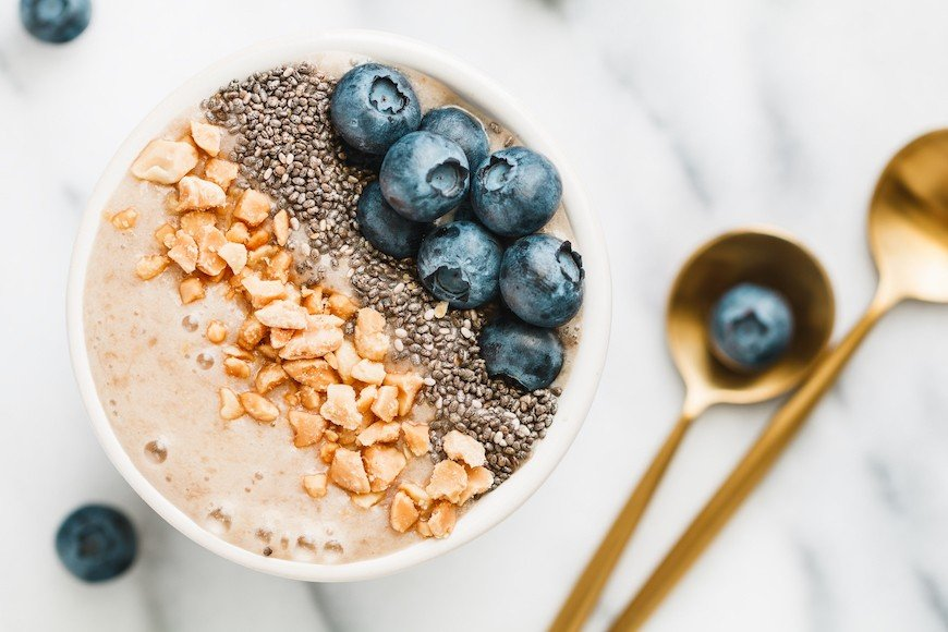 The Breakfast a Gastroenterologist Says Is Best for Your Gut Health