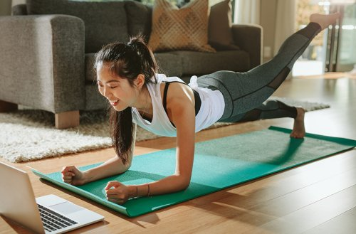 Cardio Dance Workouts That Can Be Done at Home and Spike Your Heart Rate